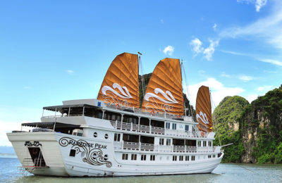 Luxury Halong Bay Tour